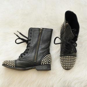 Steve Madden Studded Leather Tarnney Boots Sz 8